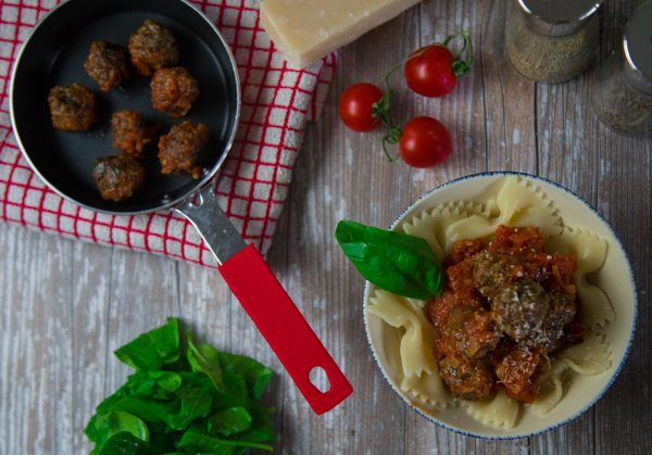 Braised beef meatballs with pasta